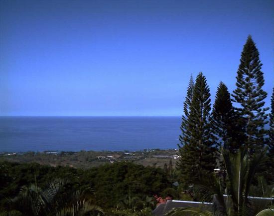 1st Class Vacation Rental Kona Hawaii: view at breakfast