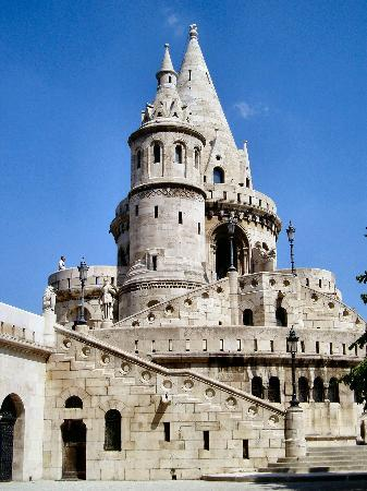 Radio Inn: The Fishermans Bastion