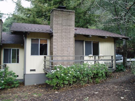 Big Sur Lodge: Exterior of unit