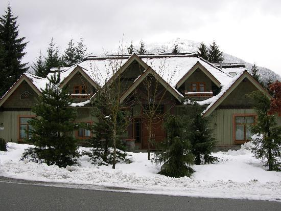 Whistler Alpine Chalet Retreat & Wellness: Alpine Chalet January 2006