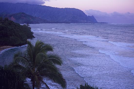 Marc at Princeville Pali Ke Kua: Princeville Hanalei Bay view from condo - right before sunrise #1