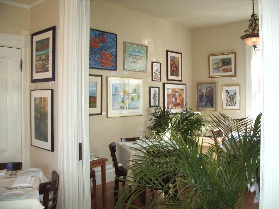 Neumanali: upstairs Art Galley