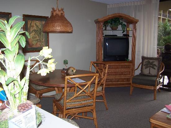 Aston Kaanapali Shores: Dining area
