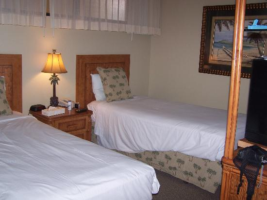 Aston Kaanapali Shores: Two twins room