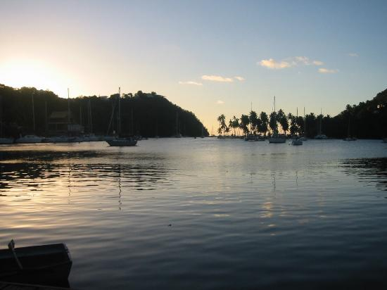 JJ's Paradise Hotel: Marigot Bay at Sunset