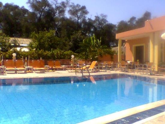 Polixenia Aparthotel: My Pool - all to myself most of the time