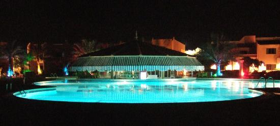 smartline Ras Al Khaimah Beach Resort Photo