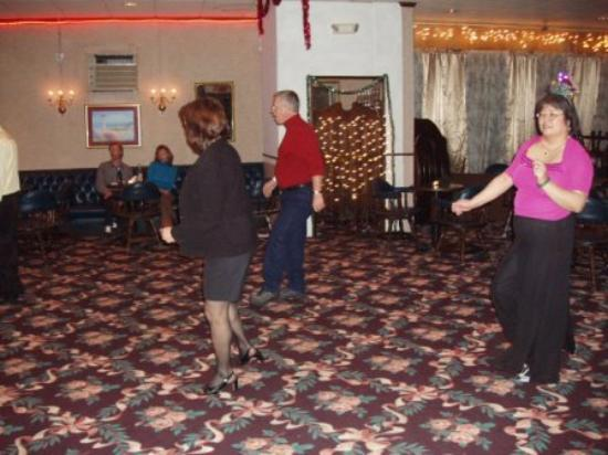 Days Inn Campton: It was so much fun learning line dance from a professional teacher Vera