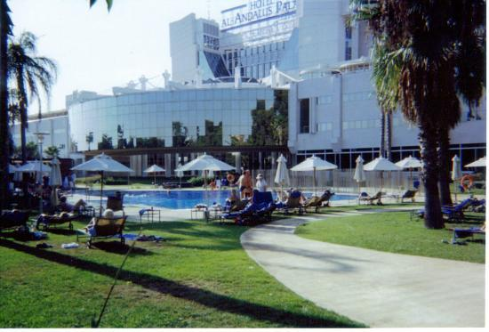 Silken Al-Andalus Palace Hotel Photo