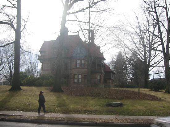 Hartford, CT: Harriet Beecher Stowe House