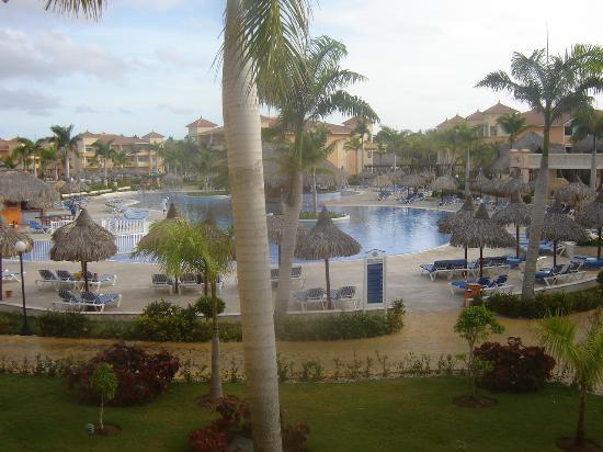 Grand Bahia Principe Bavaro: La piscine pour tous au milieu du complexe