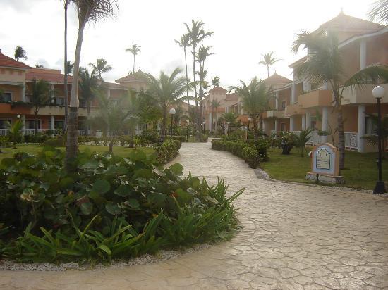Grand Bahia Principe Bavaro: Une rue
