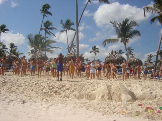 Grand Bahia Principe Bavaro: La danse aérobique