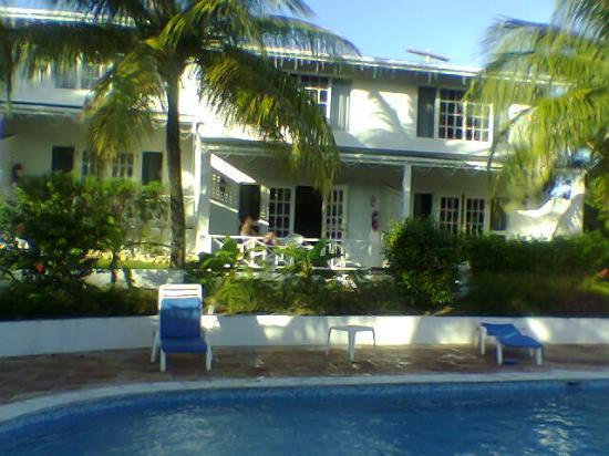 ديكينسون باي كوتيجيز: our cottage