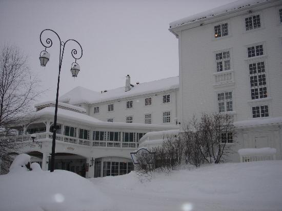 Dr. Holms Hotel: Hotel Front