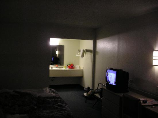 Motel 6 Paducah: room interior