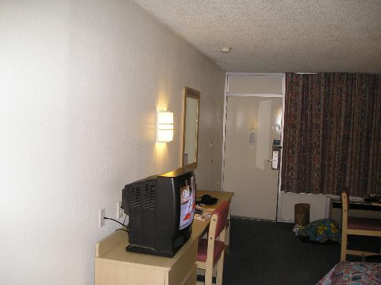 Motel 6 Paducah: room interior