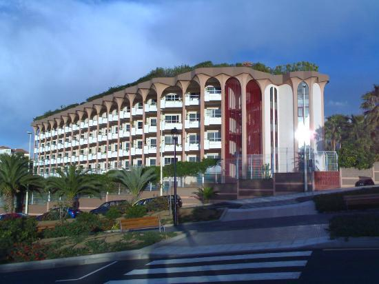 Hotel Puerto Palace : Western/Sea Facing Side of Puerto Palace