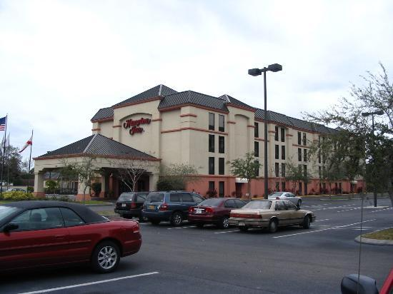 Hampton Inn St. Petersburg Resmi