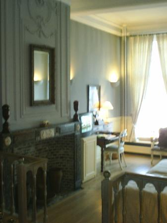 Hotel De Tuilerieen: The view from the sitting-area