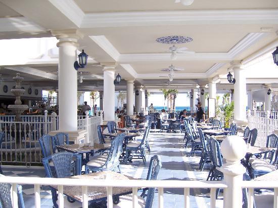 Hotel Riu Palace Riviera Maya Chilis Restaurant