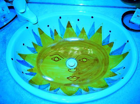 Worldmark Santa Fe: The cool handpainted sink in the large bathroom