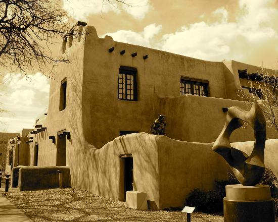 Worldmark Santa Fe: A scenic Adobe Museum building in Santa Fe downtown. ENJOY!