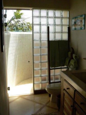 Los Altos de Eros: our bath looking out to the shower