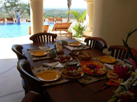 Los Altos de Eros: breakfast selection