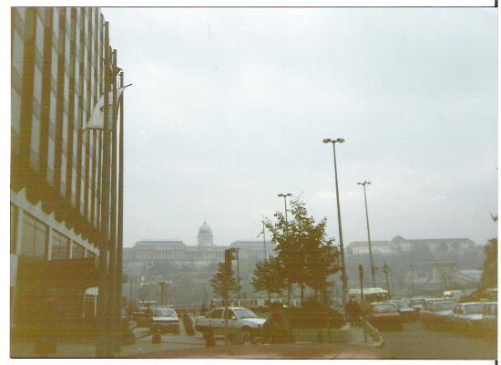 Sofitel Budapest Chain Bridge : in front of the hotel.