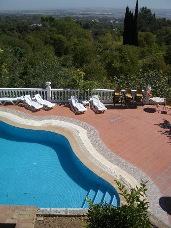 Al Mihrab: jolie piscine