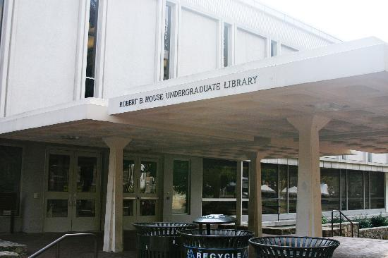Chapel Hill, NC: Undergraduate Library