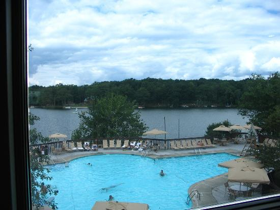 Woodloch Pines Resort: Outdoor Pool
