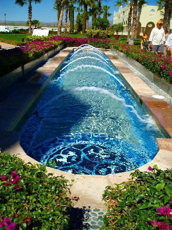 Villa La Estancia: Fountains of paradise