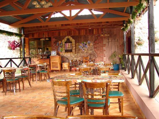 Hotel Dos Rios : Outdoor dining at Dos Rios