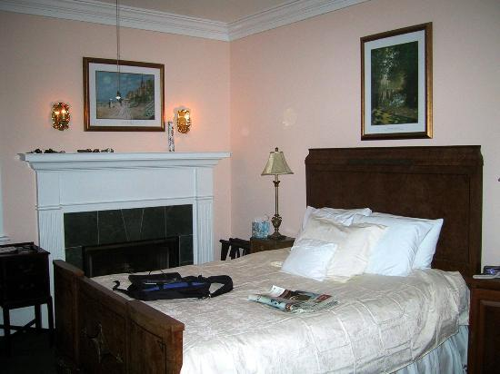 Inn By The Sea : our room #5