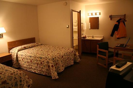 Young's Motel, Room 19