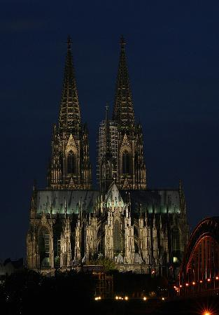 Cologne Cathedral (Dom) Photo