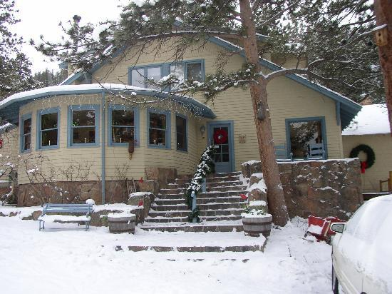 Romantic Riversong Bed and Breakfast Inn: Riversong Main Building