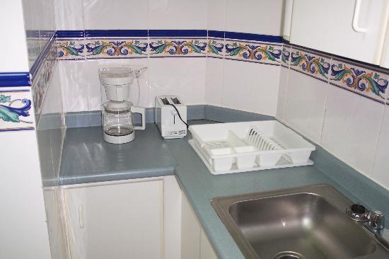 Sevilla Suites Apart-Hotel: Nice Kitchen