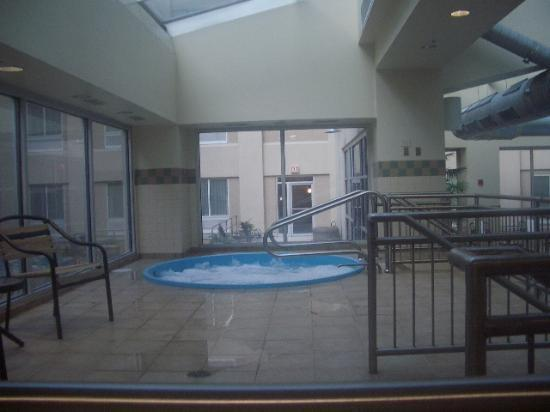 Ac Hotel By Marriott Chicago Downtown Whirlpool