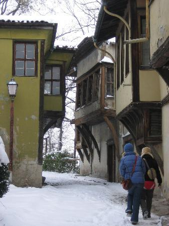 Plovdiv Old Town : walking to the top of the hill in the old town