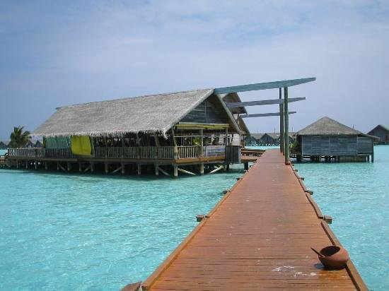LUX* South Ari Atoll: The Water Village Restaurant