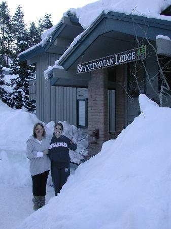 Scandinavian Lodge: Tons of snow in Steamboat!