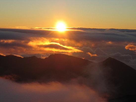 Four Seasons Resort Maui at Wailea: Sunrise at Haleakala