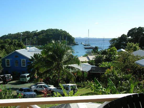 Beachcombers Hotel: The view from room 19