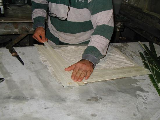 L'Angolo del Papiro : Weaving the Paper