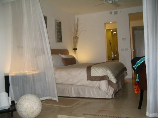 Le Blanc Spa Resort: Our room