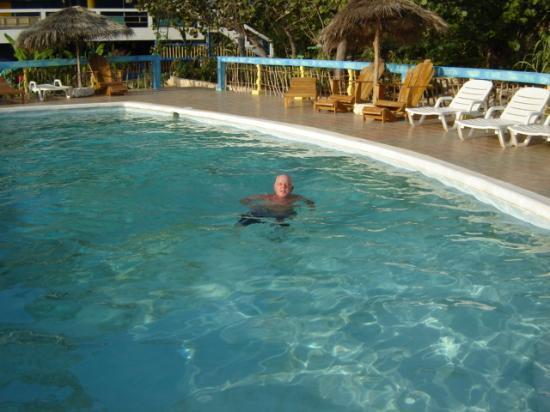 Negril Escape Resort & Spa: Pool