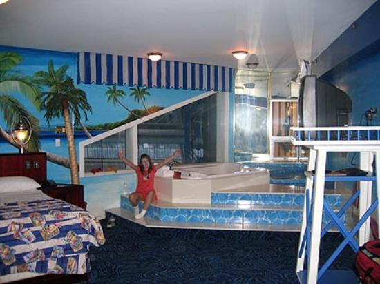 How Much Are The Fantasyland Hotel Rooms